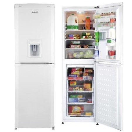 Fridge freezer with water