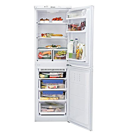 Hotpoint FFAA52P, 55cm Fridge Freezer with A+ Rating in White