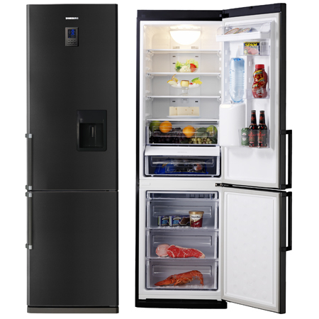Water dispenser fridge freezer